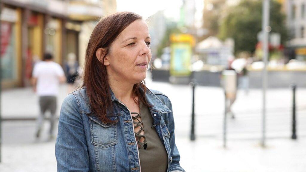 Alexandra Mostýn: Totgesagte leben länger